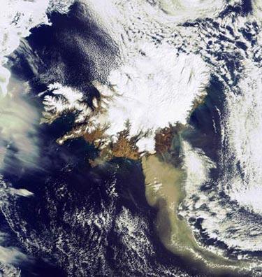 Ash from Eyjafjallajökull charging towards Scotland