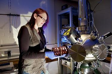 Molecular beam epitaxy equipment