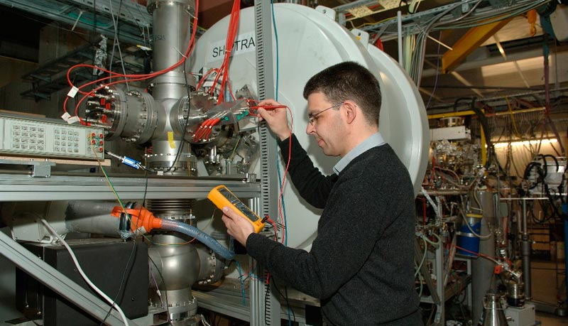 Nuclear physics gets a stepping stone to the 'island of ...