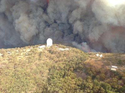 Fire encroaching the Siding Spring Observatory