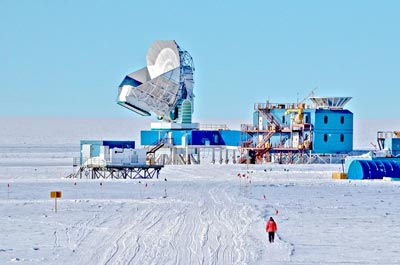 Photograph of the South Pole Telescope