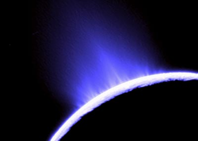 Image of geysers of water and ice erupting from the surface of Enceladus taken by the Cassini spacecraft